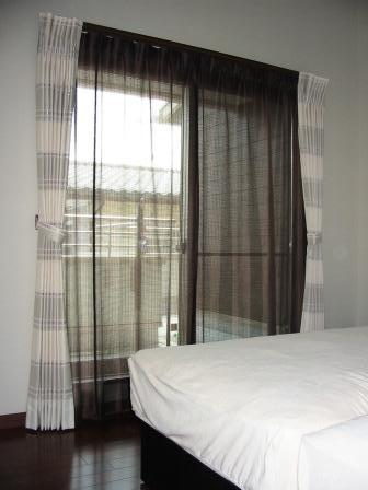 寝室 カーテン コーディネート