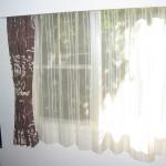 ワイド窓のカーテンコーディネート