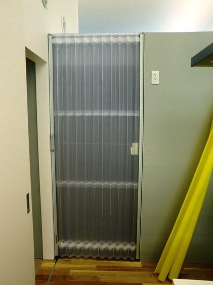 塩化ビニール樹脂製 アコーディオンカーテン