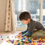 男の子の部屋のカーテン選びのコツ|適したカーテンの種類や色は?