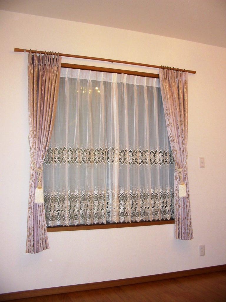一戸建てカーテン-min
