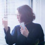 ブラインドは部屋が寒くなる!?ブラインド設置時の窓辺の寒さを対策する3つの方法